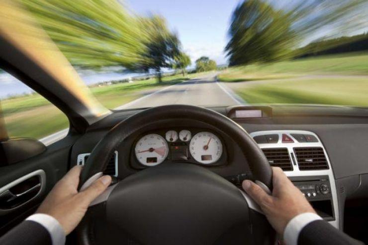 Maramureșan prins gonind cu peste 100 km/h în Blaja