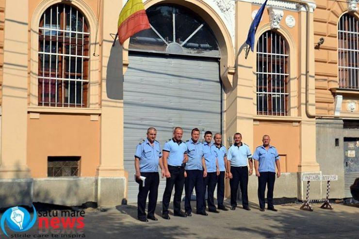 A început mitingul gardienilor din Penitenciarul Satu Mare (foto)
