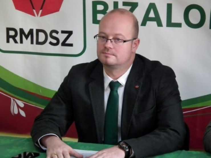 """Deputatul Kereskenyi Gabor: """"Politicienii trebuie sa fie toleranţi şi deschişi la minte"""""""
