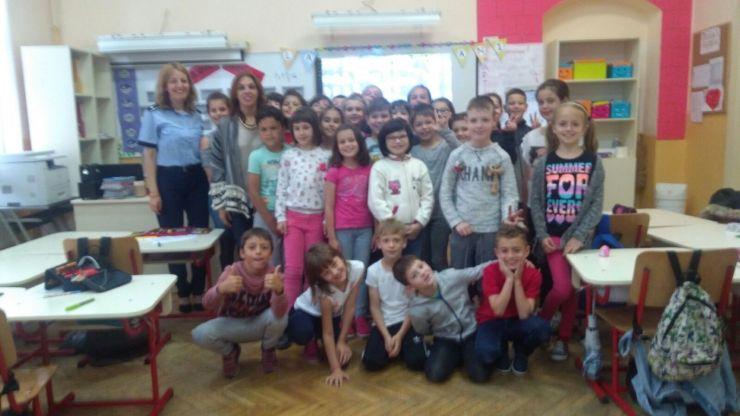 Elevii Școlii Moisil, învățați despre siguranța pe internet