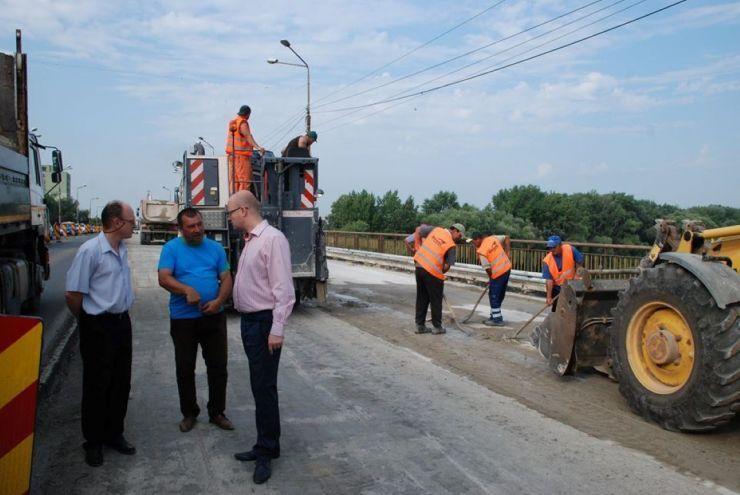 Restricții de circulație pe podul Decebal