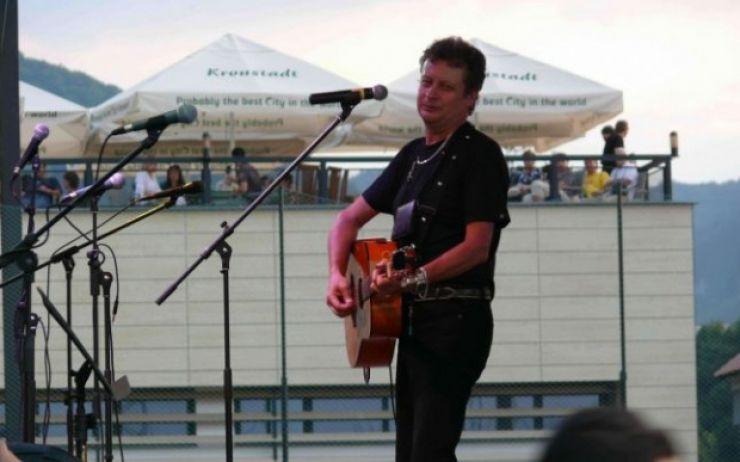 Eveniment dedicat memoriei folkistului Octavian Bud, duminică, în parcul din Piața Libertății