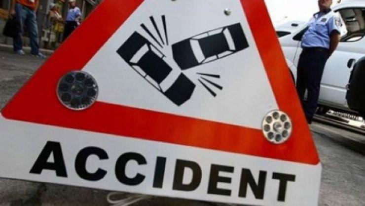 Accident pe strada Bujorului