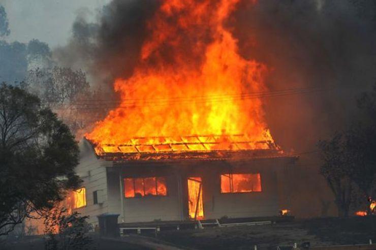 Incendiu la o casă din Aciua