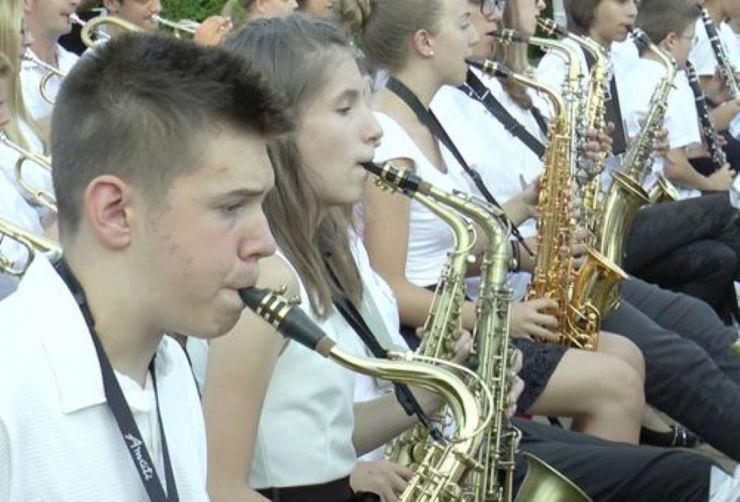 Fanfarele vor răsuna în Parcul Central din Piața Libertății