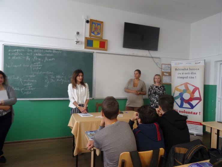 ONG-uri și instituții din Satu Mare, în căutare de voluntari în licee