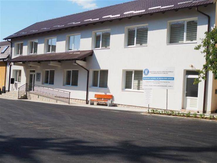 A fost inaugurat noul Corp al Primăriei Negrești-Oaș (foto)