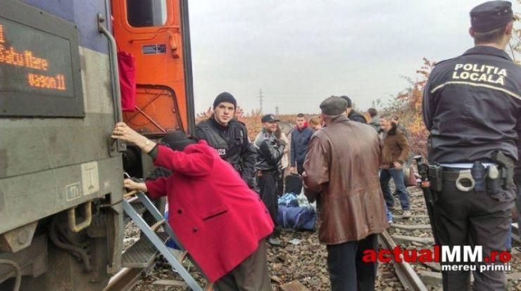 Trenul de pasageri București – Satu Mare a luat foc. Călătorii au fost evacuați