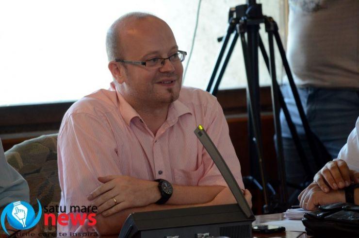 Interpelările adresate de către deputatul Kereskényi Gábor ministrului Transporturilor și vicepremierului Gabriel Oprea