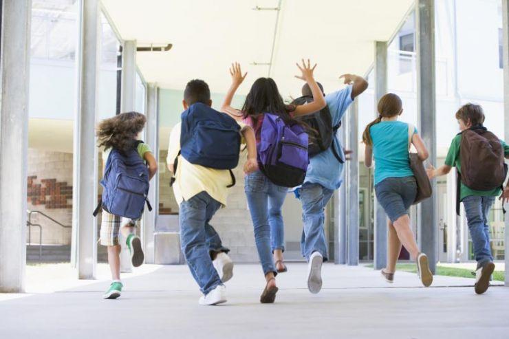 Elevii din învățământul primar și preșcolarii au intrat în vacanță