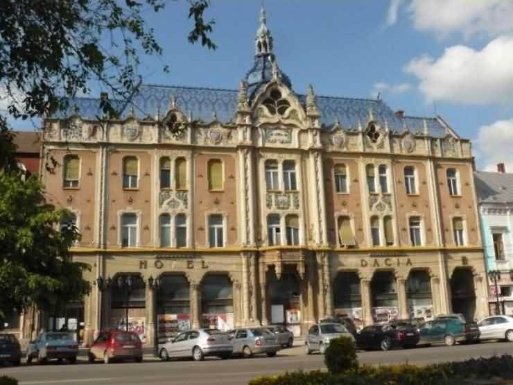Hotelul Dacia va deveni sediul administrativ al Primăriei municipiului Satu Mare