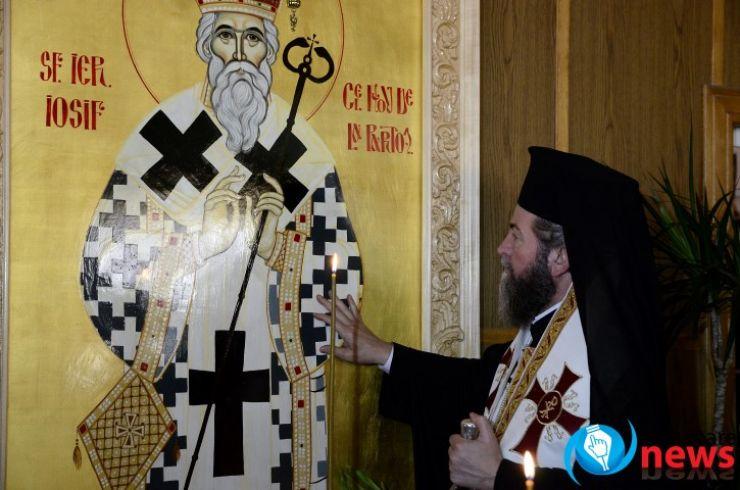 """Urarea transmisă de Preasfinţitul Iustin Sigheteanul pompierilor sătmăreni: """"Dumnezeu să vă ocrotească și Sfântul Iosif să vă întărească să puteți să salvați cât mai multe vieți omenești!"""" (galerie FOTO)"""