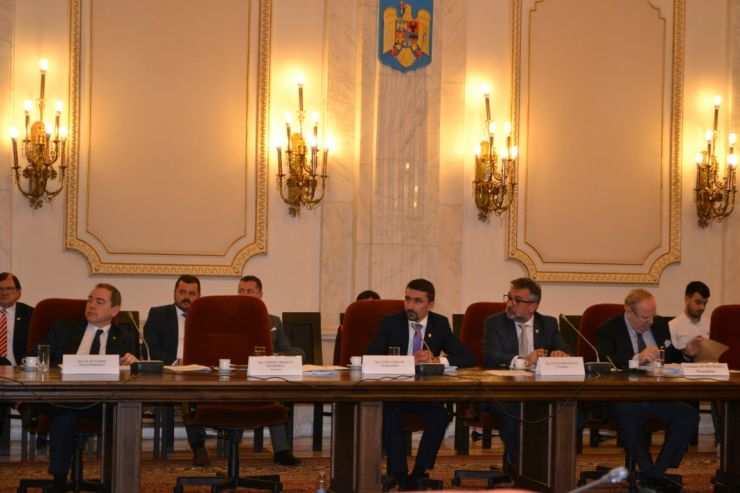 Senatorul UDMR Turos Lorand solicită suspendarea controlului amănunțit la frontieră