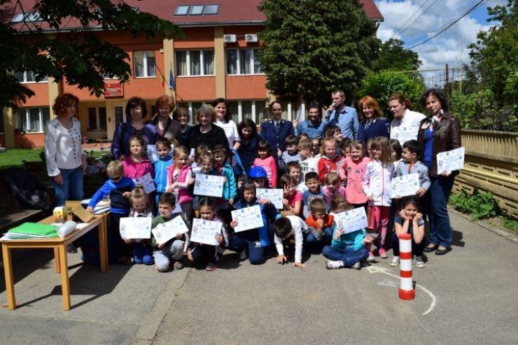 Ei sunt cei mai mici și buni bicicliști! O campanie a Poliției Române