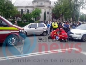 Femeie accidentată pe trecere în fața Casei de Modă (Foto)
