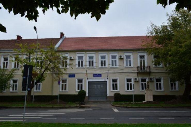 Directori și directori adjuncți noi de școli în judeţul Satu Mare
