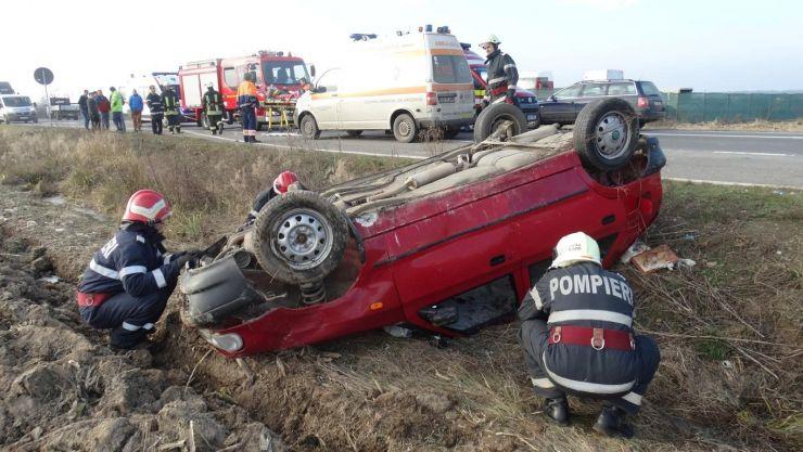 Două accidente rutiere produse într-o singură oră (foto)