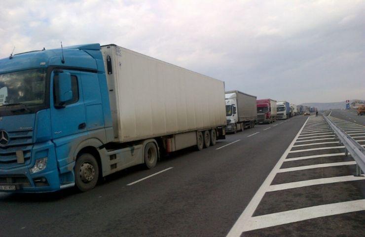Traficul greu, restricționat pe teritoriul Ungariei