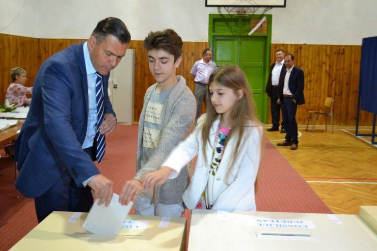 Alegeri locale 2016. Adrian Ștef a votat pentru viitorul municipiului Satu Mare