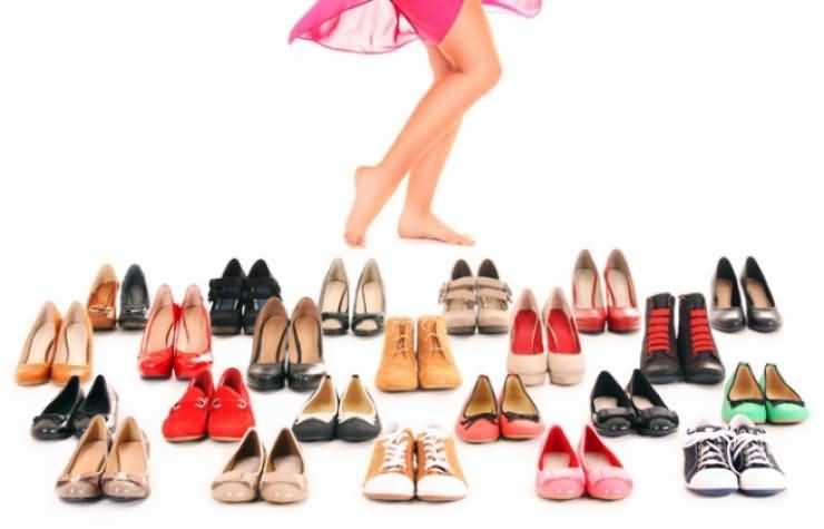 Ce poate face o pereche de pantofi dintr-o femeie?!