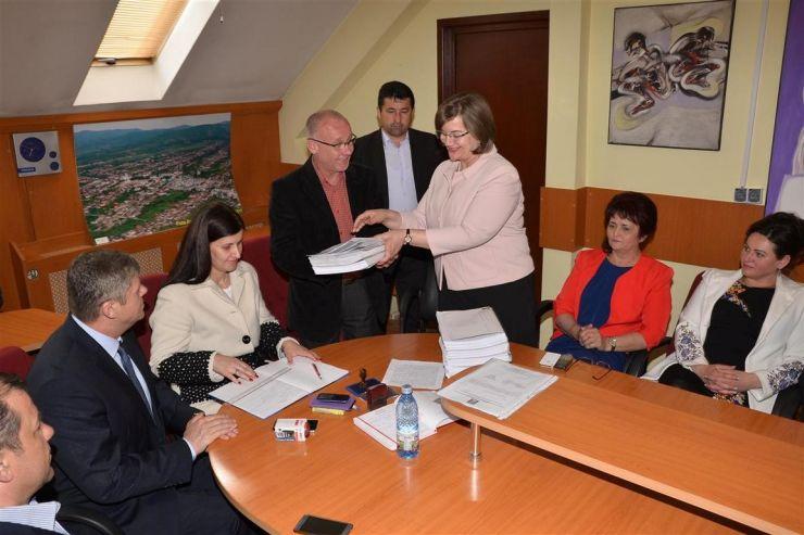 Aurelia Fedorca şi-a depus candidatura pentru un nou mandat de primar al oraşului Negreşti Oaş