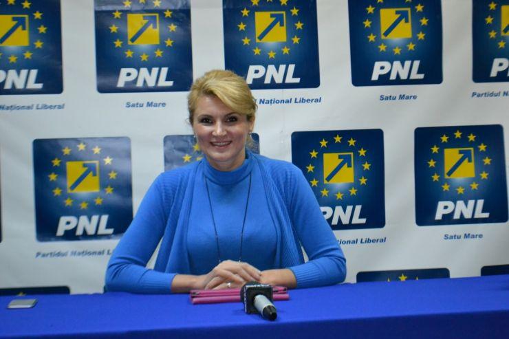 """Andreea Paul: """"Microbuzul elevilor din Negrești, folosit în scopuri preelectorale"""""""