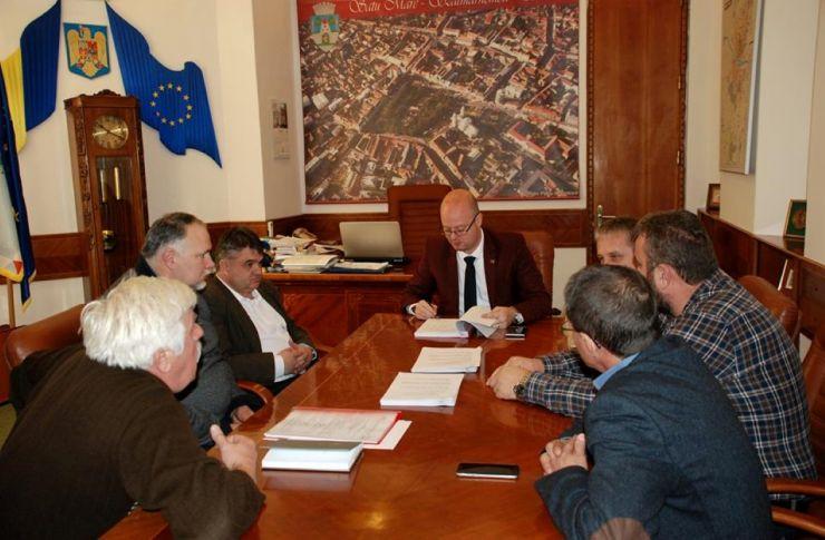 A fost semnat contractul de întreținere a drumurilor din municipiul Satu Mare