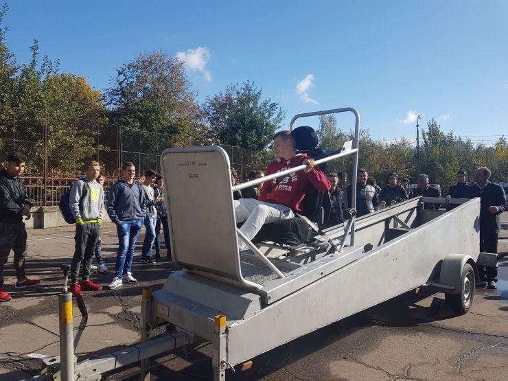 Peste 1.000 de elevi au testat simulatorul de accidente