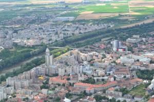 Prefectul Eugeniu Avram și deputatul UDMR Kereskeny Gabor susțin propunerea lui Ștef de a schimba numele județului din Satu Mare în Sătmar