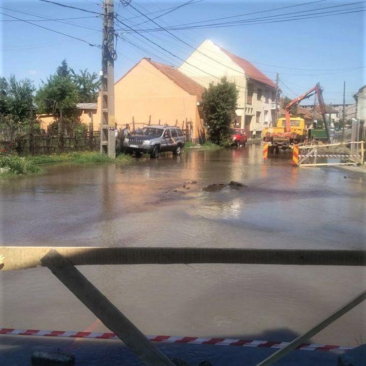 Strada Ion Ghica, inundată