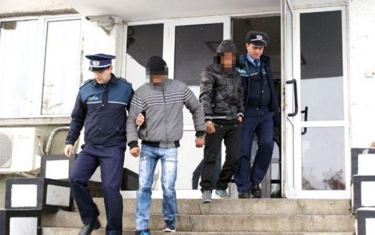 Doi minori, bănuiți de comiterea unui furt din auto, identificați de polițiștii sătmăreni