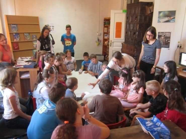 Programul BiblioVacanța se pregătește din nou de start la Carei