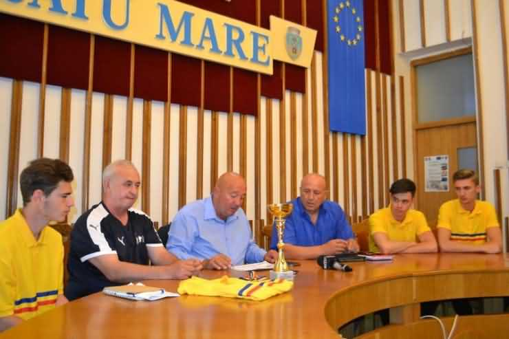 Primarul Coica a felicitat echipa sătmăreană pentru titlul național obținut la popice