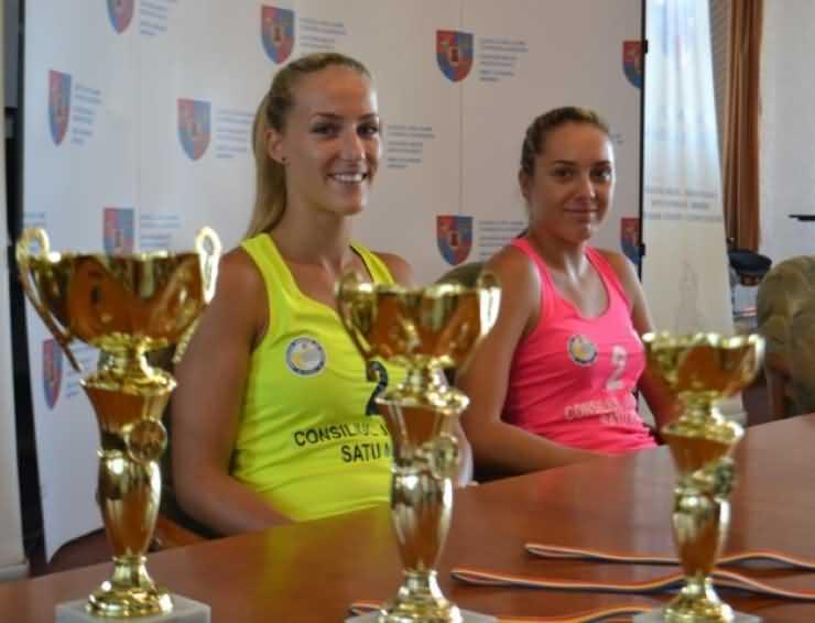 Trofeul Sătmarului: Vaida Beata și Matei Adriana, emoționate că vor juca  în premieră în fața suporterilor sătmăreni