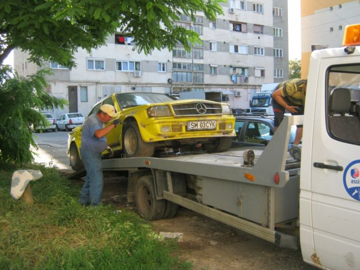 Primăria Satu Mare a demarat o acțiune de ridicare a mașinile abandonate