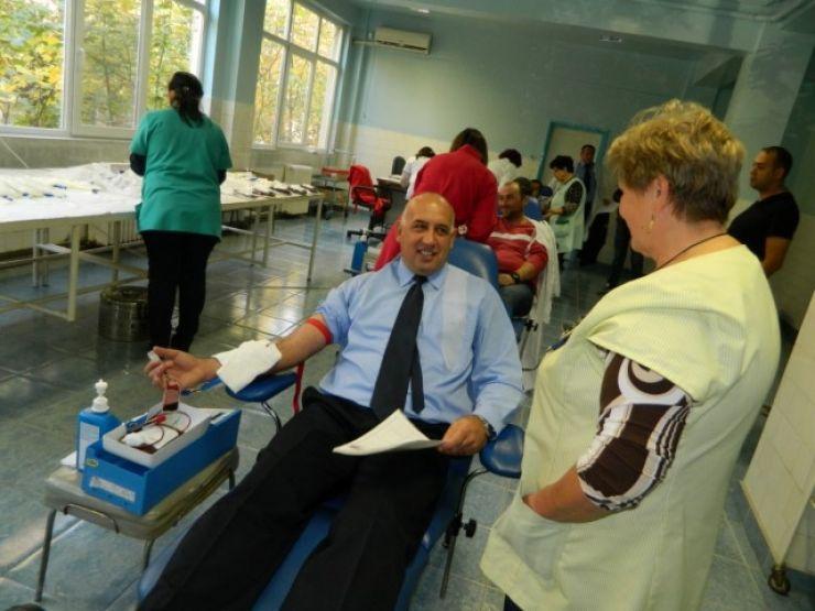 Jandarmii sătmăreni încep acțiunea de donare de sânge