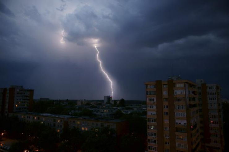 Cod portocaliu de furtună în judeţul Satu Mare
