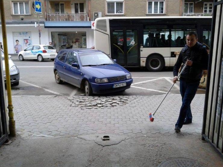 Reclamațiile la Poliția Locală pentru blocarea accesului spre proprietăți, făcute în van