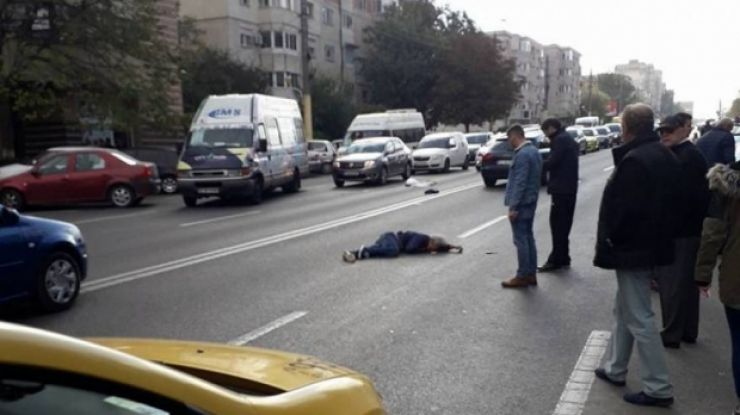 Bărbat lovit de o mașină pe Drumul Careiului