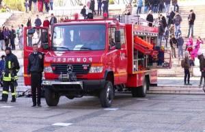 """""""Ziua Pompierilor din România"""", sărbătorită la ISU Satu Mare. Avansări în grad, expoziție de tehnică și exerciții demonstrative"""