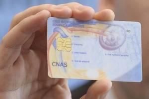 Cardul naţional de sănătate, obligatoriu începând de azi