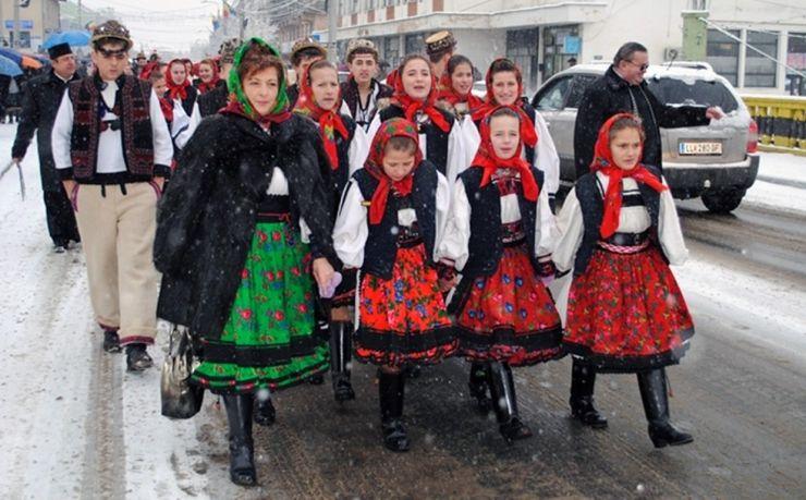 Festivalul Datinilor și Obiceiurilor de Iarnă la Negrești Oaș