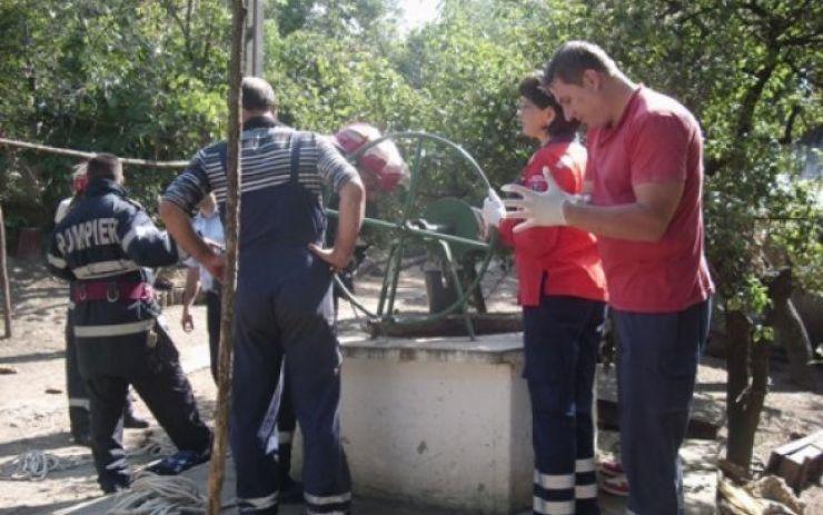 Un bărbat a decedat după ce a căzut într-o fântână