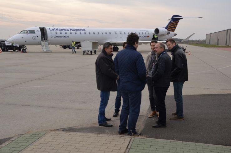 Președintele CJ, Pataki Csaba, în vizită de lucru la Aeroportul din Debrețin