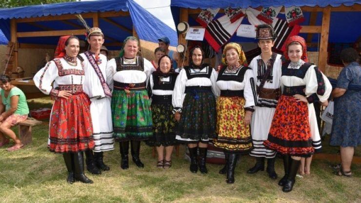 Festivalul Tradițiilor și Meșteșugurilor, duminică, la Amați
