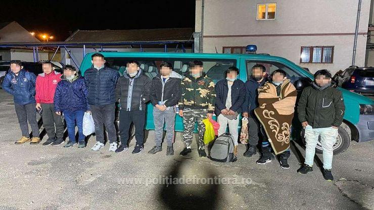 Unsprezece afgani, opriți din drumul ilegal către Germania