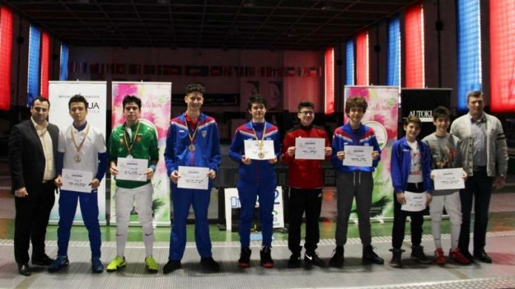 Satu Mare | Alexandru Sîrb a câștigat Campionatul Național de floretă pentru cadeți