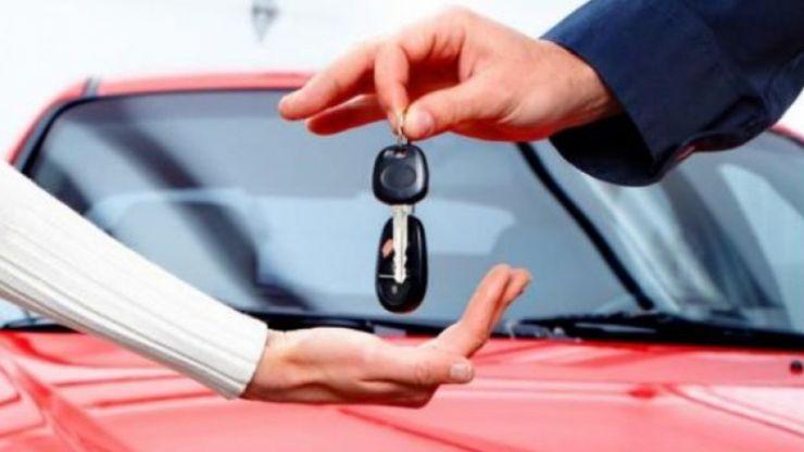 """Turos Lóránd: """"Cetățenii pot da în plată mașinile luate în leasing, fără a mai fi obligați să plătească ratele"""""""