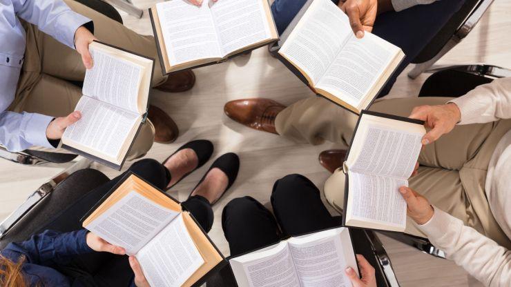 Club de lectură pentru elevii de gimnaziu