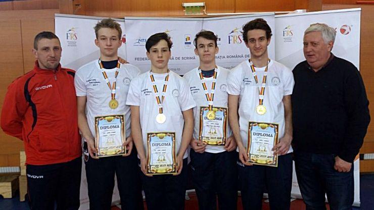 CS Satu Mare a câștigat Campionatul Național de spadă juniori